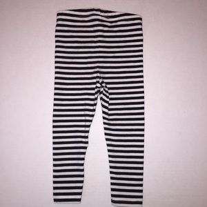 e92cda21c26f7 Cat & Jack Bottoms | Cat Jack Black White Striped Star Leggings 18 ...
